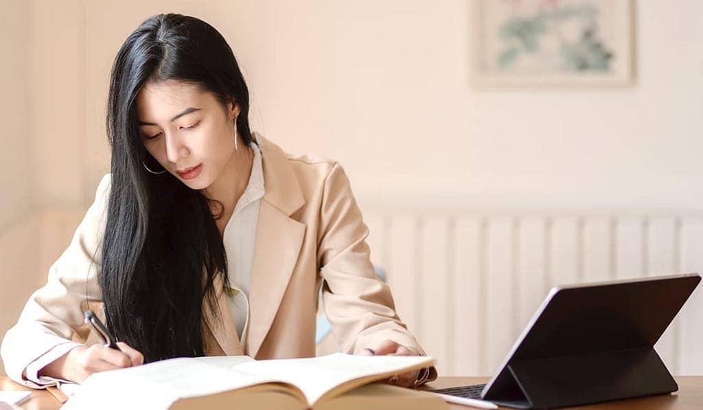 線上英文補習班要怎麼挑?超輕鬆的懶人包5個重點一次看清楚!